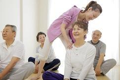 健康寿命延伸のための「運動」と「交流」をワンストップで提供 大人のための健康サロン「らくティブ赤羽」 ダイエー赤羽店内に11月1日オープン