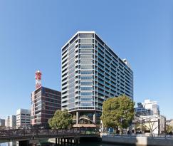 JR「横浜」駅徒歩6分の大規模分譲マンション 「ブランズ横浜」竣工 再開発が進む横浜駅西口エリア、1・2階には髙島屋のイベントホール